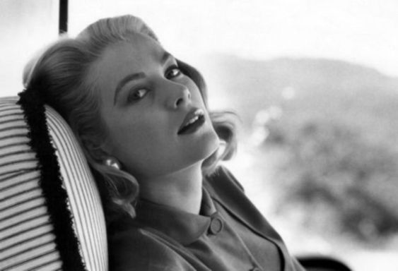 Grace Kelly  The Princess That Changed Fashion Forever  e0c518f5b6e21