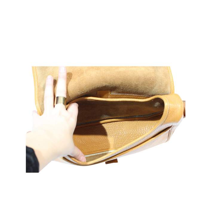 Noumea model shoulder Bag -8