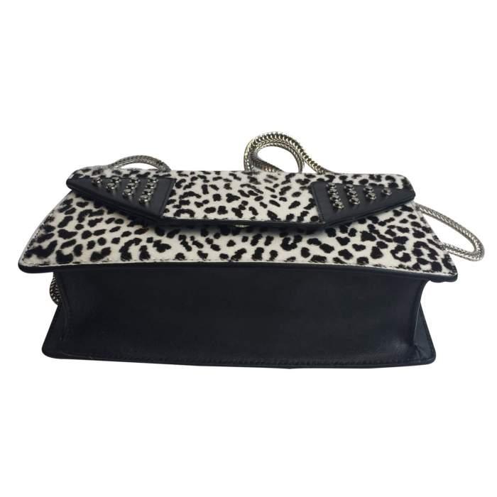 Black and white Handbag-8