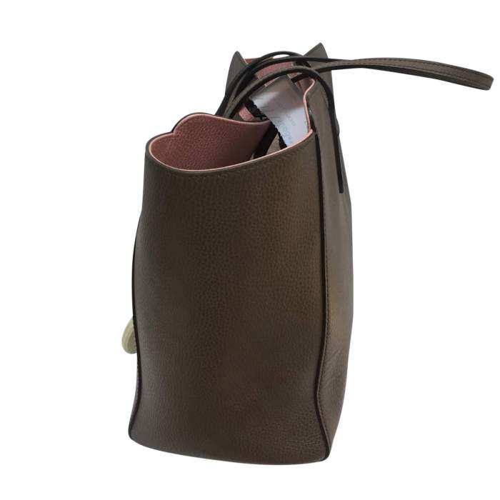 Taupe grained leather tote Bag-4