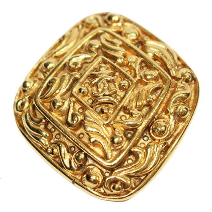 Golden Brooch-0