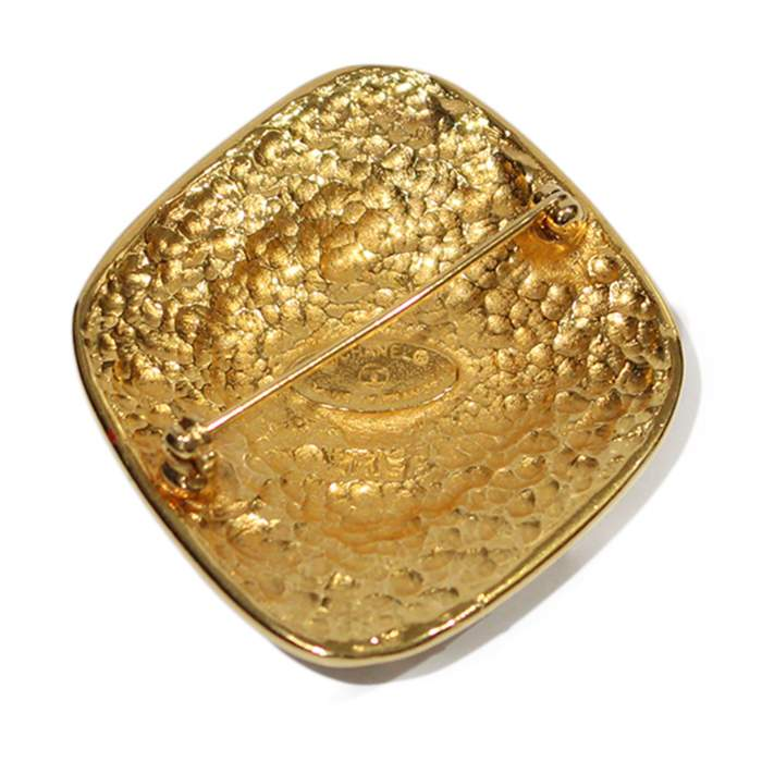Golden Brooch-2