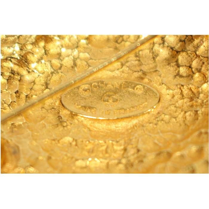 Golden Brooch-4