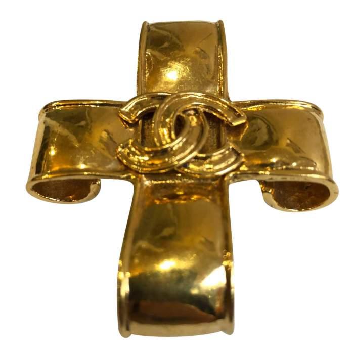 Vintage Gold metal Brooch-2