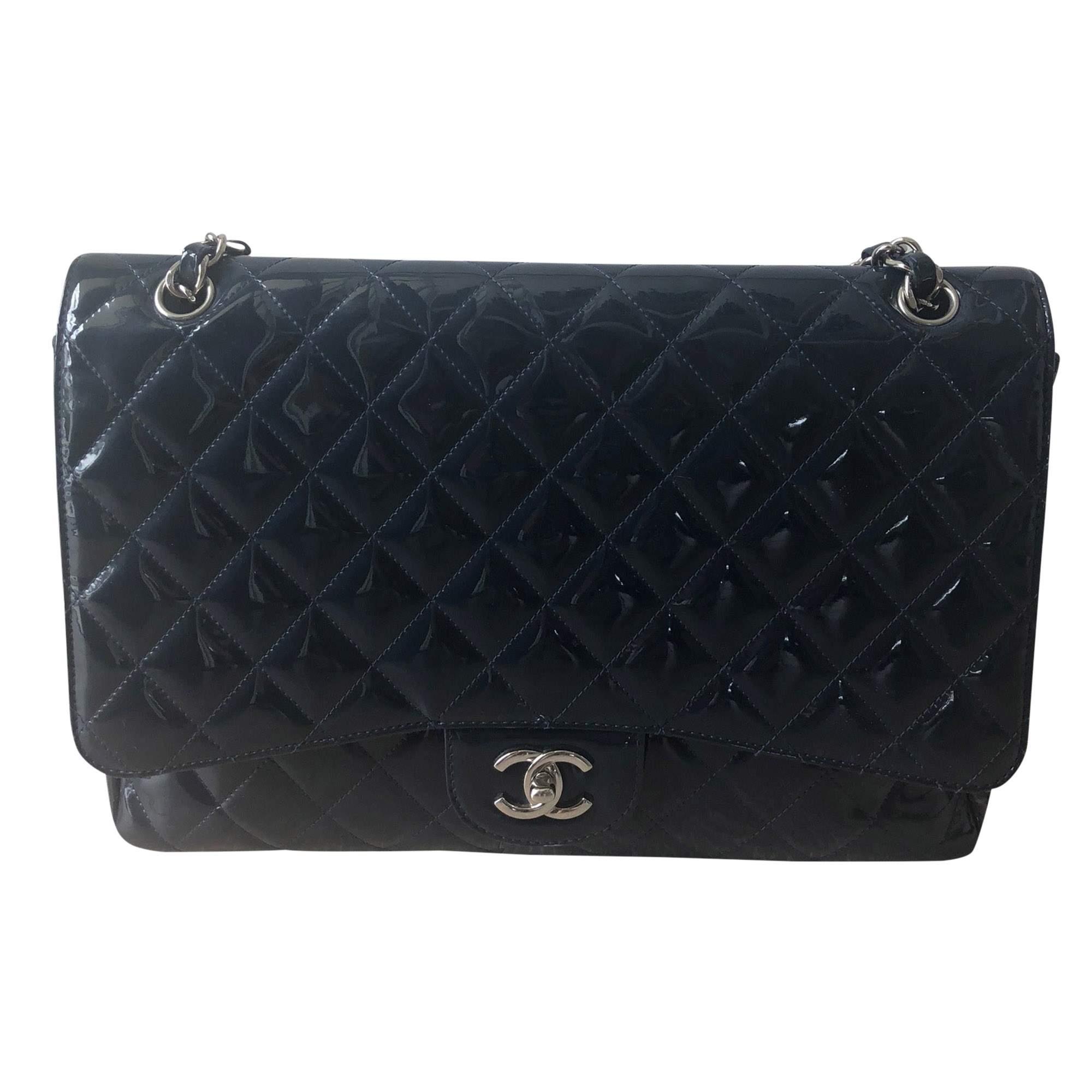 637720ec562b Chanel Maxi Jumbo handbag | The Chic Selection