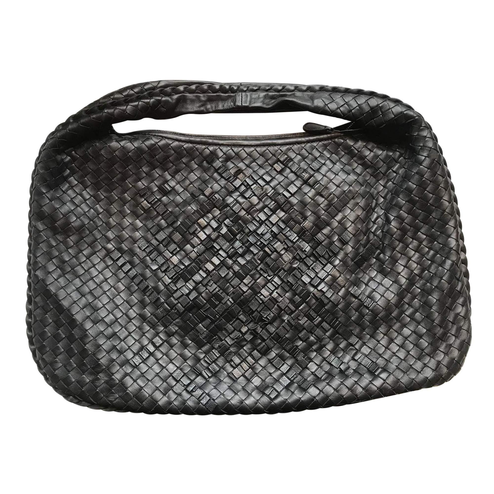 b0f8c2d8851e Bottega Veneta Black Leather Basket Weave Handbag