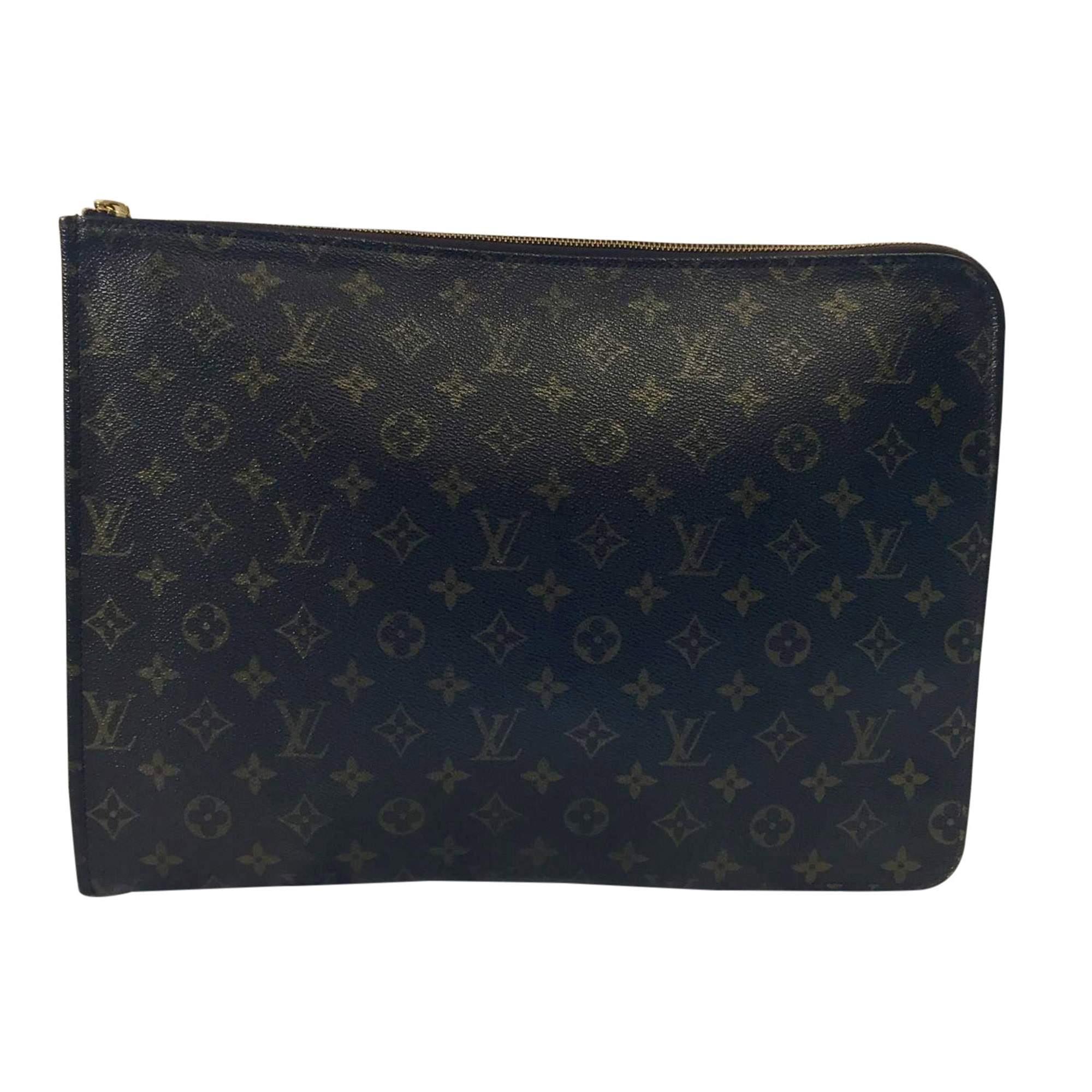 0230e93f878a Louis Vuitton Monogram canvas Clutch