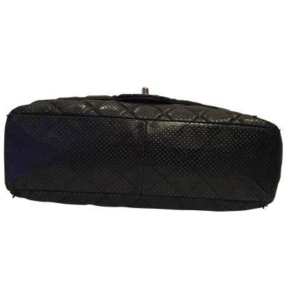 Timeless perforated quilted leather Bag-9