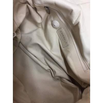 White and silver metal Handbag-9
