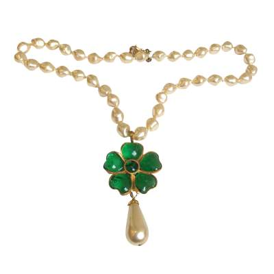 Green flowers pearl Necklace -0