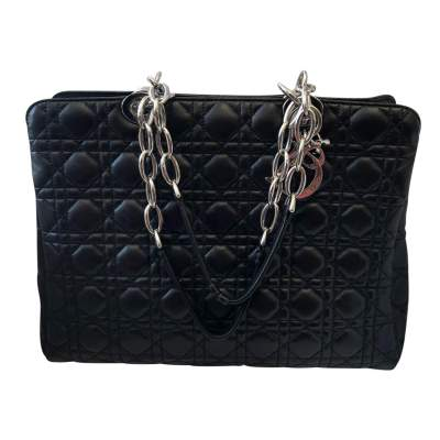 Quilted black leather Bag-1