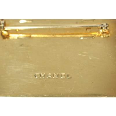 Golden Brooch-5