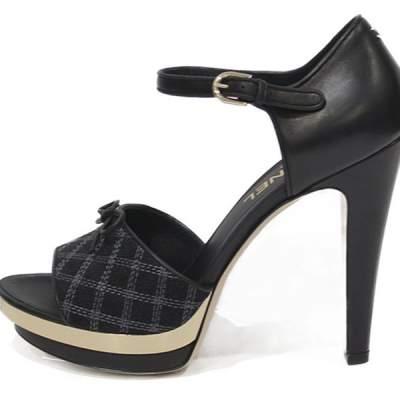 Platform Heels in leather black-0