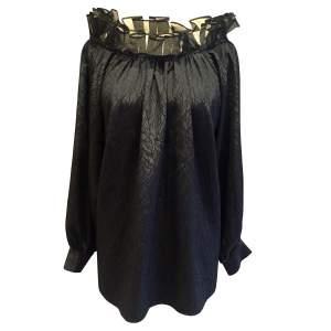 Vintage long sleeve black Top year 1990-0