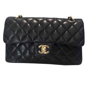 Timeless  black quilted leather Bag-0