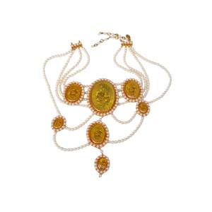 Victorian style necklace composed of pearly beads and gilded metal medallions, 2000s-0