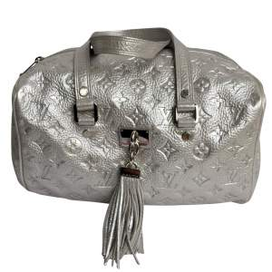 Rare limited edition Silver  Monogram Shimmer Comete  Bag-0